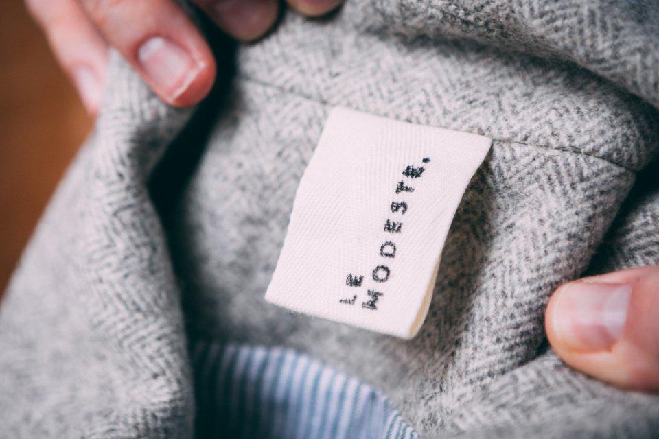 Manteau-Modeste-Etiquette