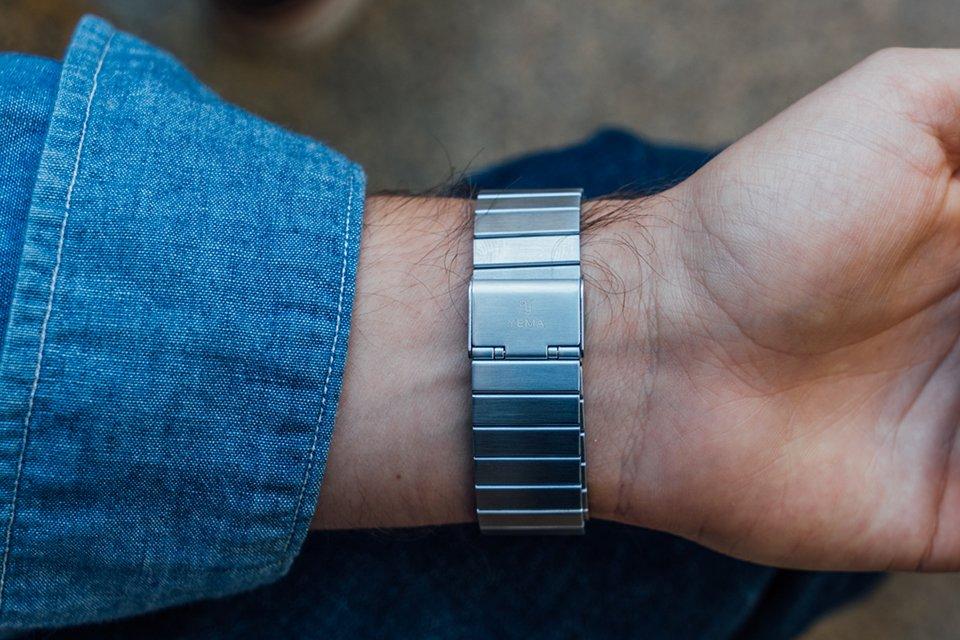 montre yema led bracelet acier