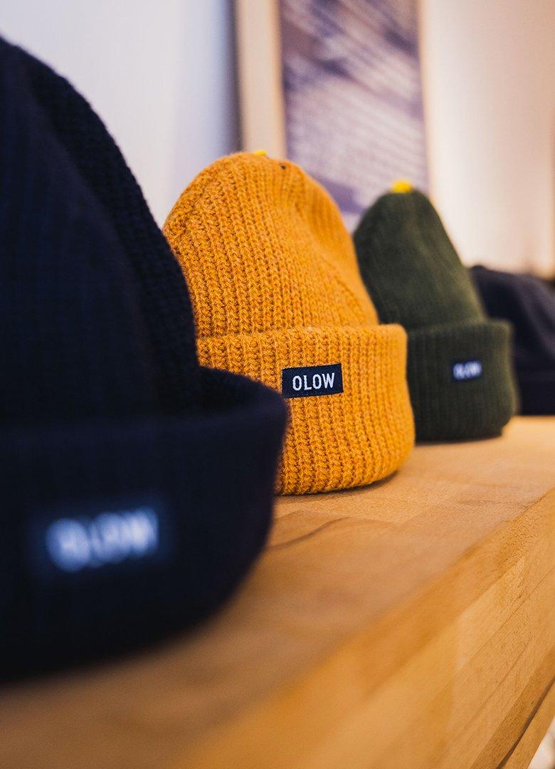 boutique olow bonnets