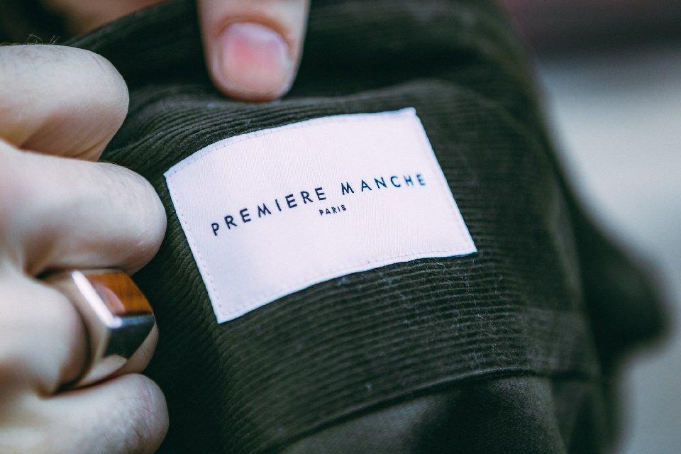 chemise-etiquette-detail-homme-mode