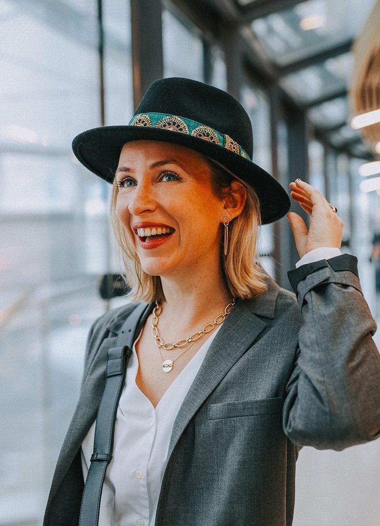 Look Paris Brest Melanie portrait chapeau