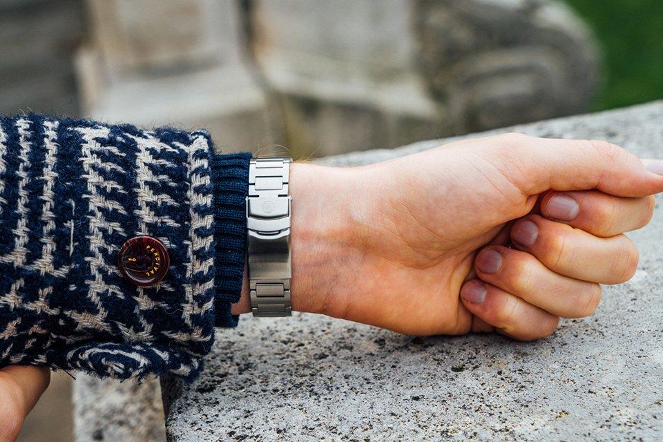 yema navygraf bracelet ferme