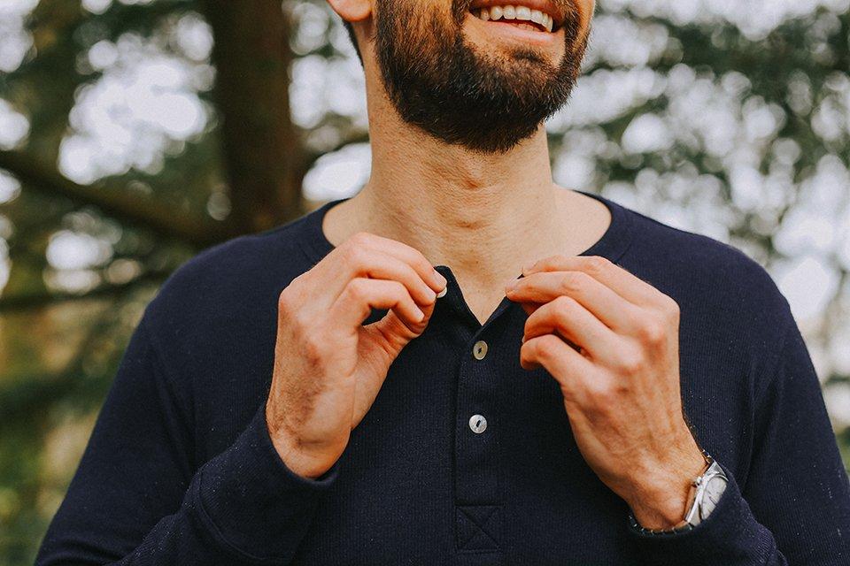henley petrone test avis boutonnière sourire