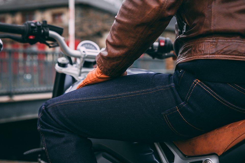 jean bolidster test avis position cuisses moto