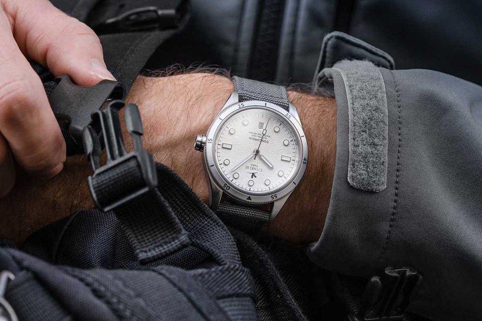 montre charlie paris concordia grise