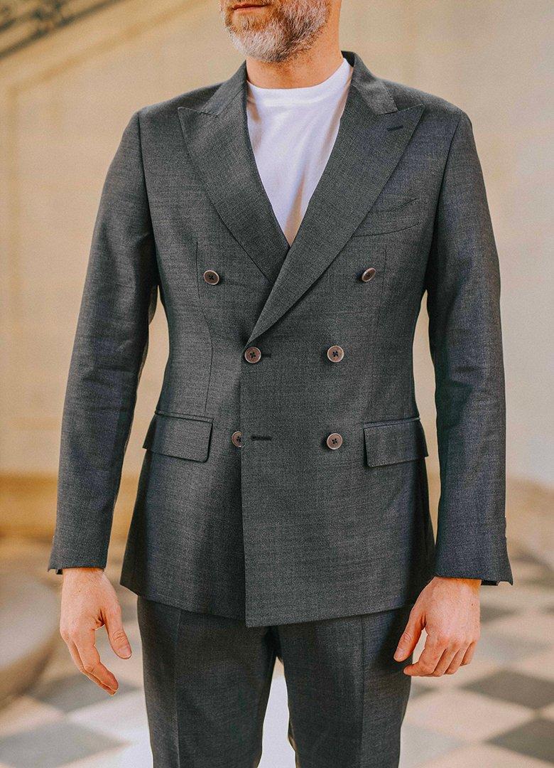Costume manufacture veste carrure