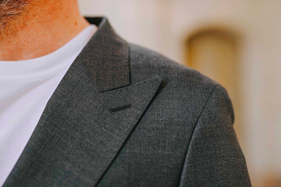 Costume manufacture veste col pointes