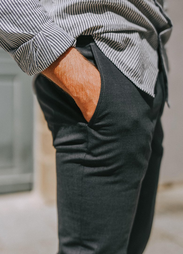 pantalon thenines profil