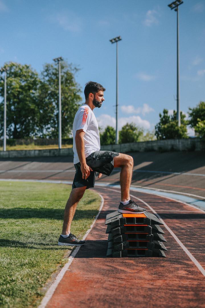 5 exercices renforcement step up mouvement 1