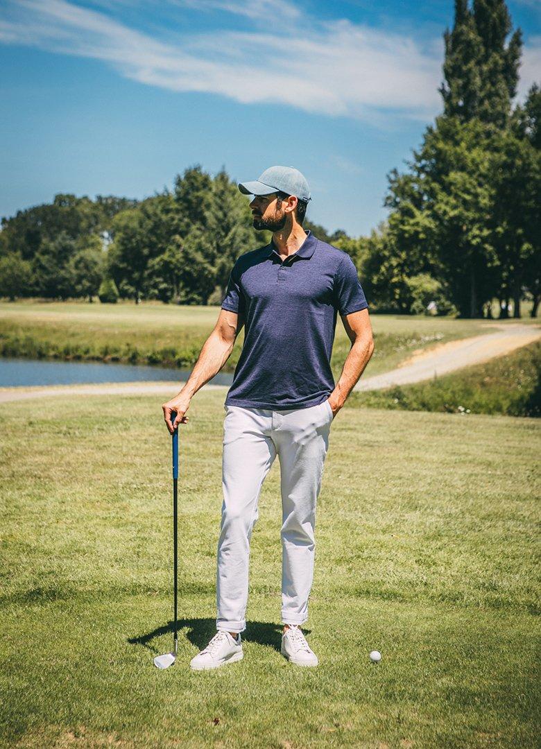polo uniqlo pose golf