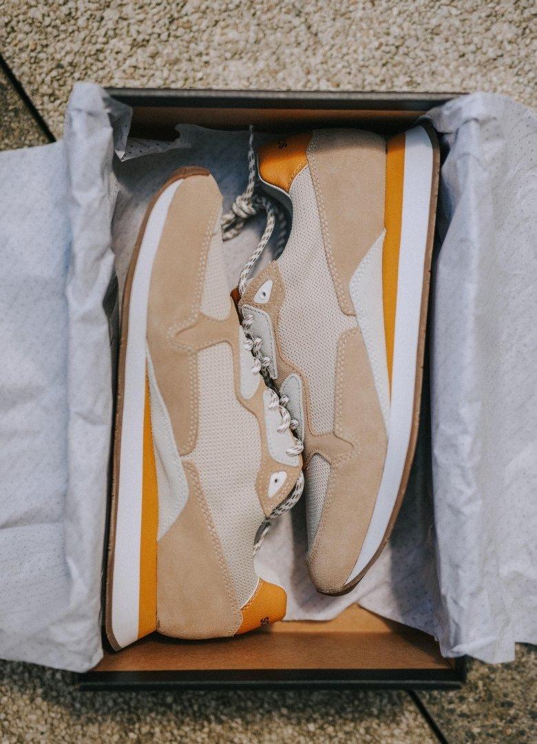 schmoove trail runner sneakers