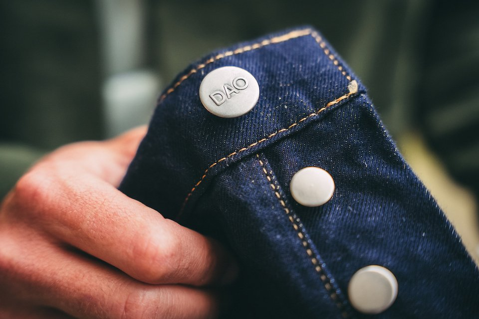 DAO denim boutons