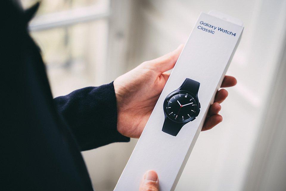 samsung galaxy watch4 classic test avis packaging