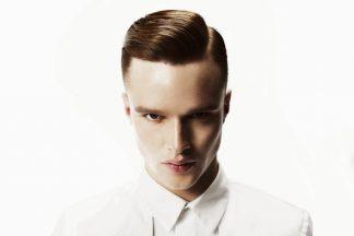 coiffure homme rentrée raie gominé