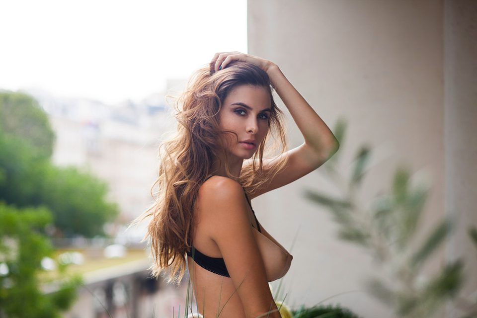 Alexandra Zimny sexy
