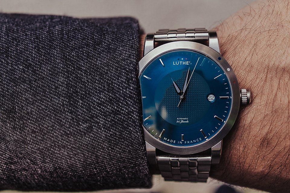 Luthes-Close-Bleu-2