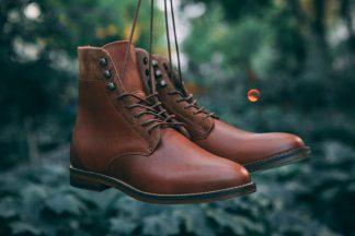 pied-de-biche-combat-boots