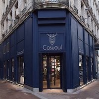 boutique casuowl