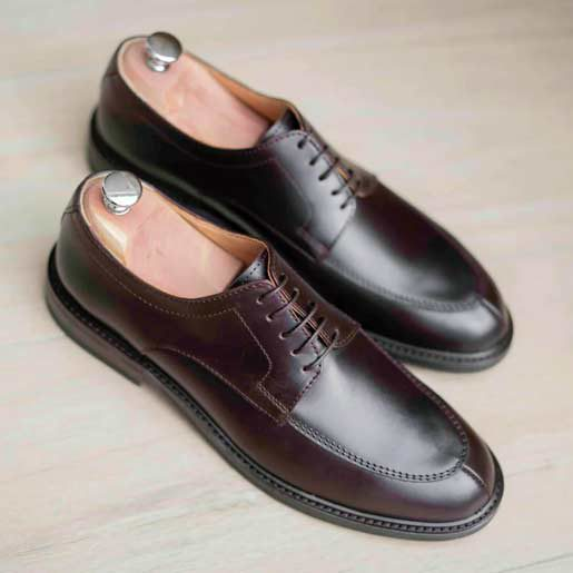 Chaussures Aubergines Homme