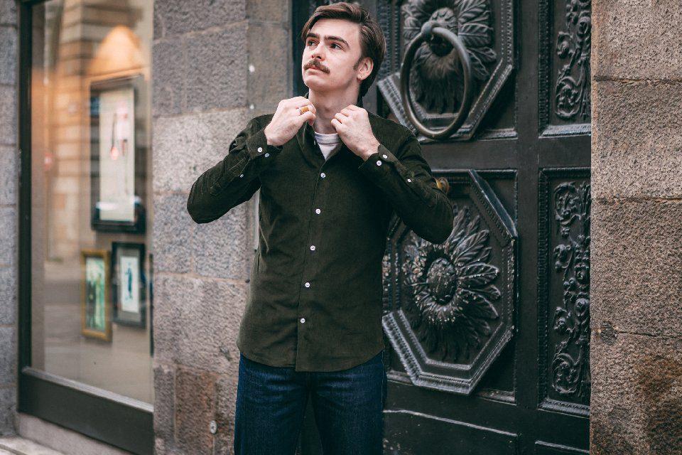 chemise-rue-velours-kaki-homme